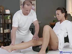 Gentle fucking in the first place the massage table with Czech pornstar Alicia Wild