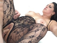 Tanned Exotic Beauty Takes Fat Cock In Her Latin Pussy