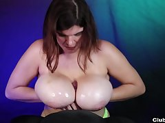 Handjob unconnected with a fat ass babe eager to swallow a little
