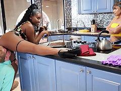 Buxomy MUMMY seduced stepdaughter's BOYFRIEND everywhere kitchen