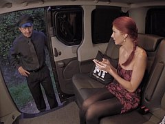 Czech babe gets fucked on a backseat