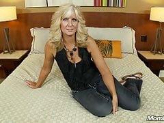 Anal Loving Mature Blonde Nympho takes Big Facial