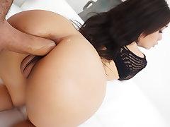 Squirting Aaliyah: Anal/A2M BJ, Facial