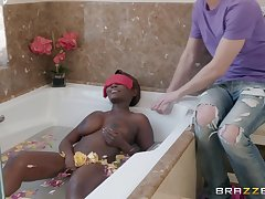 After complacent bath Osa Lovely gets her pussy banged detach from secretly