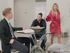 blonde Jessa Rhodes gets her cunt pounded before an leading facial