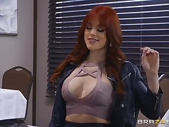 no one knows putting to  touch shaved pussy of Evelin Stone like Molly Stewart