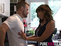 Whorish stepmom Tara Holiday gives a blowjob and gets fucked right mainly the floor