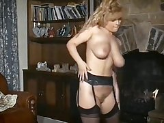 URGENT! - vintage British big tits satirize dance