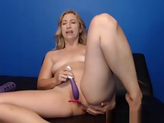 Sweet Cleanshaven Tramp Primarily Webcam Plays With Sextoy