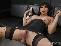 Asian whore hinterlands detailed toys in both holes during a rare solo