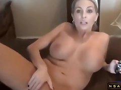 Blonde Milf bringt ihm Analsex bei in real hardcore porn video