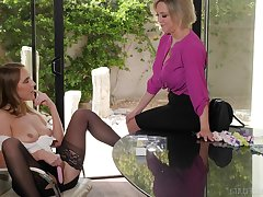 Mature pornstar Dee Williams increased by Underscore Lux having lesbian sex