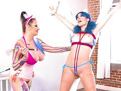 Vibrant and surprising hookup with cosplayers Jewelz Blu and Madeline Marlowe