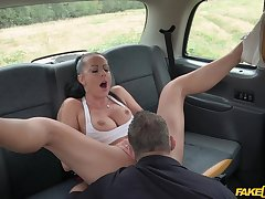 Foolhardy unfocused Texas Patti gets dicked outside on a car hood